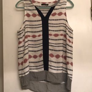THML sleeveless top size large